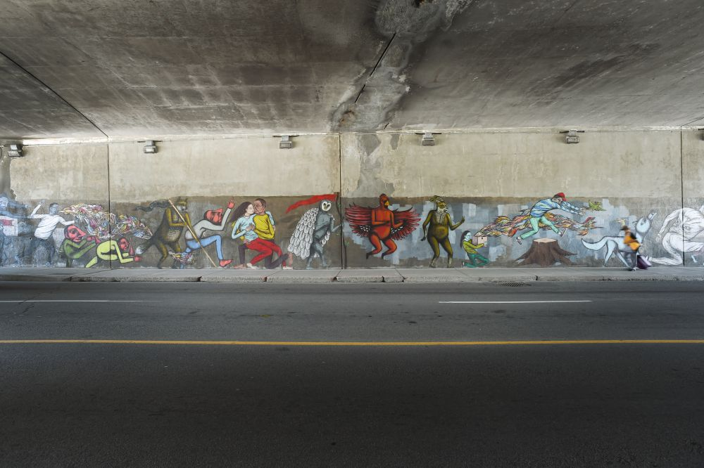 Mural at bank street at highway 417 underpass
