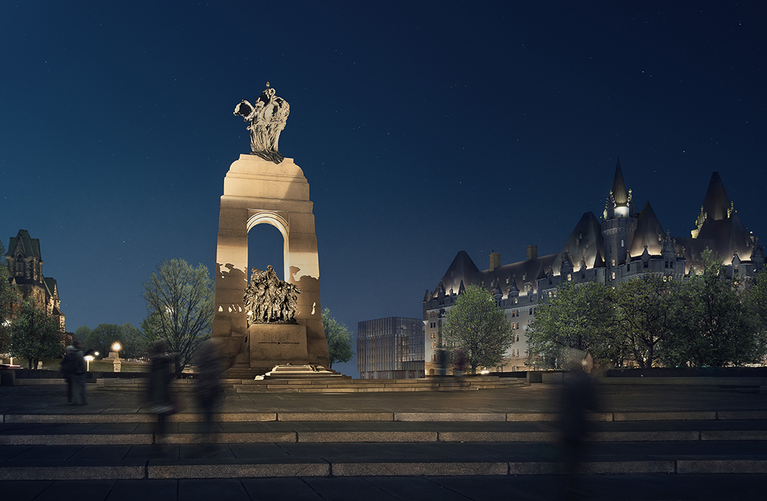 Night-time view from the National War Memorial