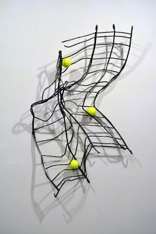 José Luis Torres, Cartographie, 2016, tennis balls and steel, 110 x 80 x 20 cm. Courtesy of the artist.