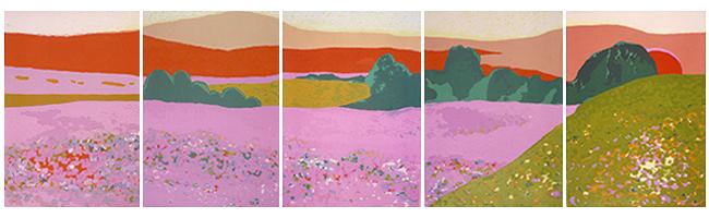 Cinq images côte à côte d'un paysage violet avec montagnes orangées en arrière-plan.