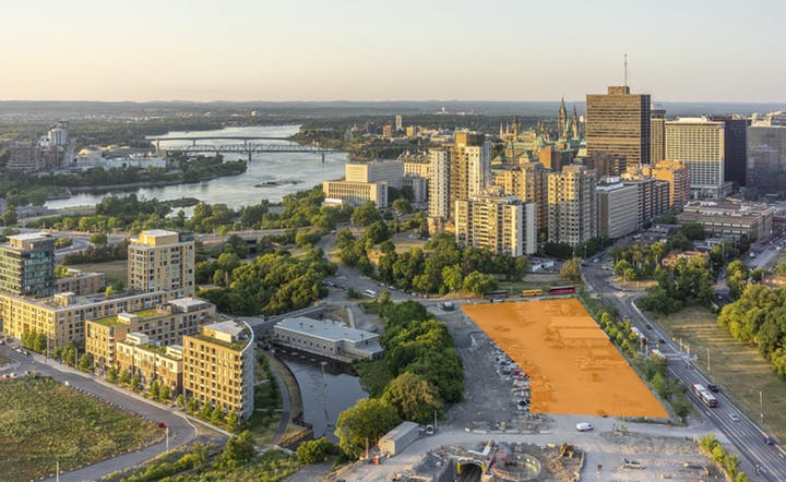 Aerial photo of the site of the new Ottawa Public Library and Library and Archives Canada joint facility