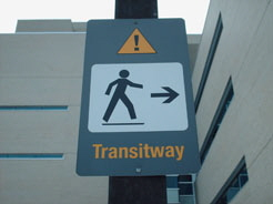 This Transitway sign directs transit users to the Campus Transitway station at the University of Ottawa.