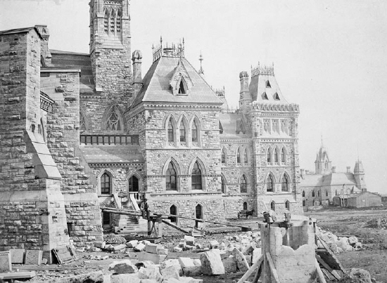 Samuel McLaughlin / Library and Archives Canada / C-10005 ; 1964-144-NPC  Title: : [Lunch on the Hill: a Parliament construction worker enjoys the view.]  Parliament Buildings - construction. Centre Block showing north-west section and the buttresses of the Library.Creator: Samuel McLaughlin, Photographer  Date: 1868