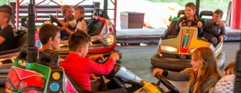 kids in bumper car
